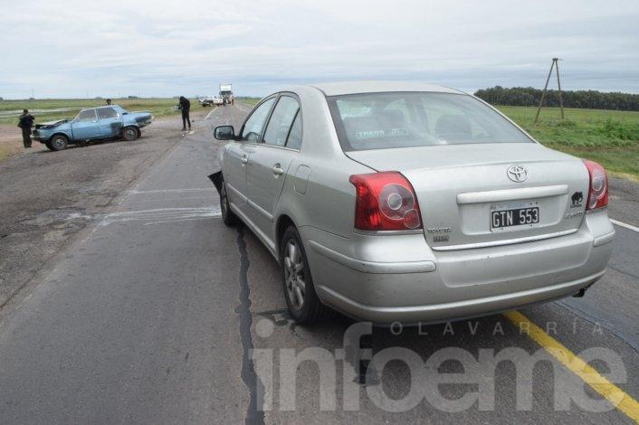 Un herido en violento accidente entre dos automóviles sobre la Ruta 226