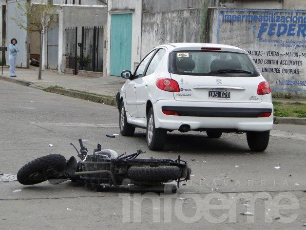 Motociclista herido en violento accidente de tránsito