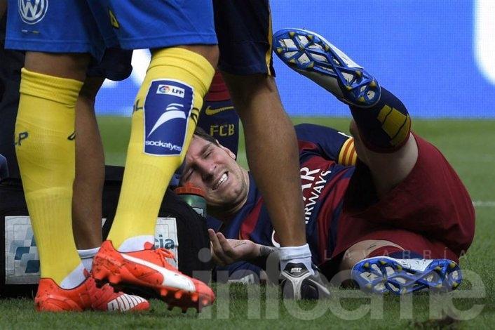 Se lesionó Messi y estará dos meses fuera de las canchas