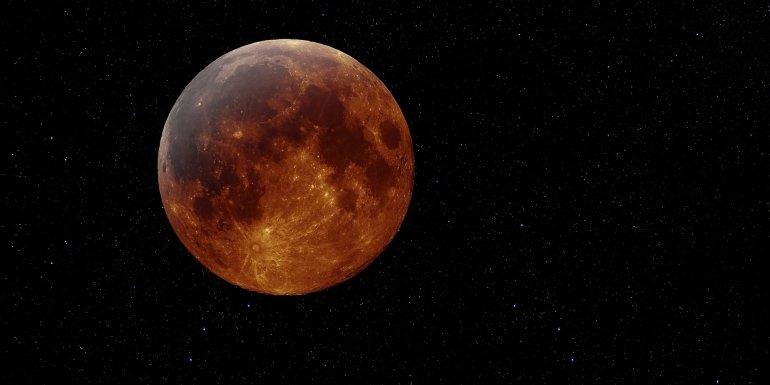 """Esta noche el """"súpereclipse"""", la luna roja"""