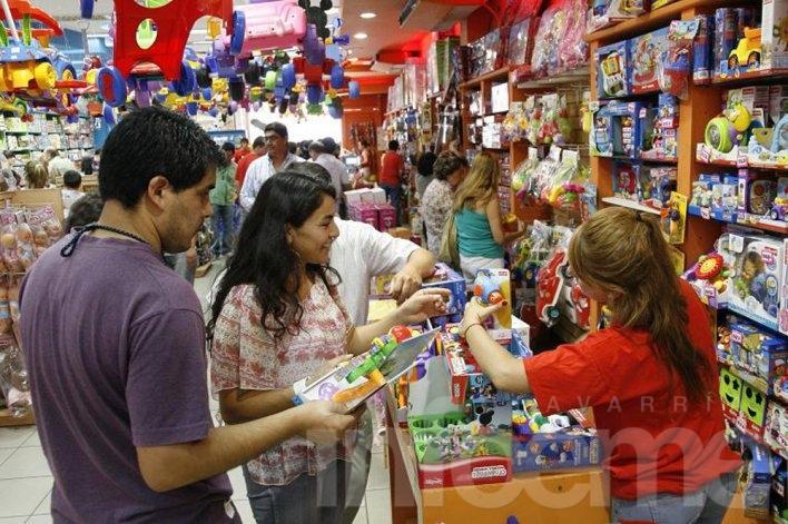 Cayeron las ventas minoristas por octavo mes consecutivo