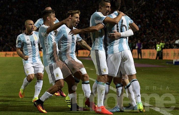 Sin Messi, Argentina defiende la punta en Venezuela
