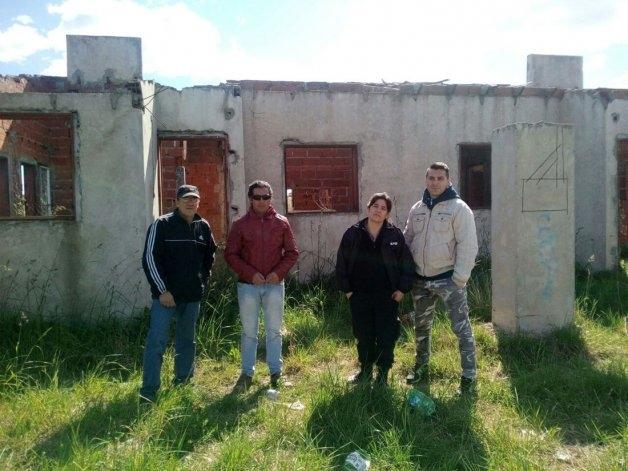 Barrio UOCRA: Pre-adjudicatarios reclaman terminación de viviendas