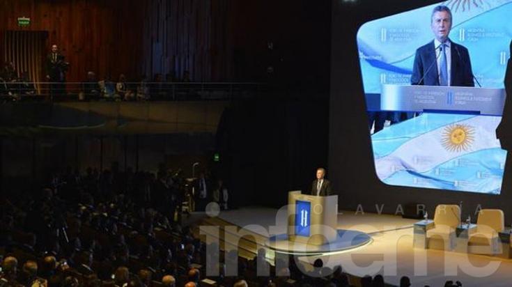 """Macri: """"Hace 9 meses Argentina estaba al borde de la crisis"""""""