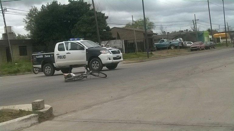 Ciclista herido tras chocar con un auto