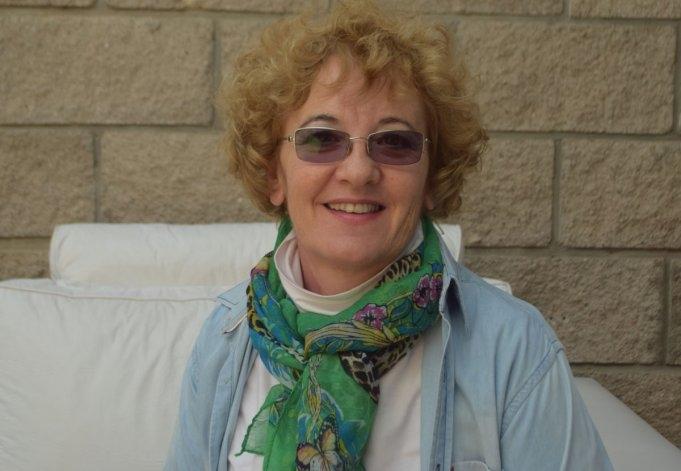 La escritora Marcela Heinrich presenta sus libros en Hinojo