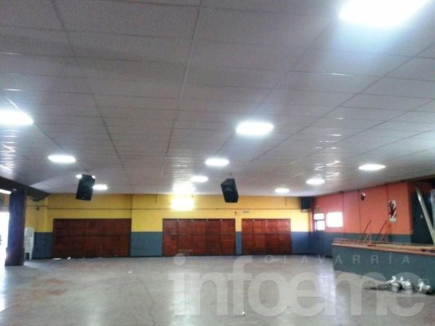 El Fortín cambió el techo del salón de la Urquiza