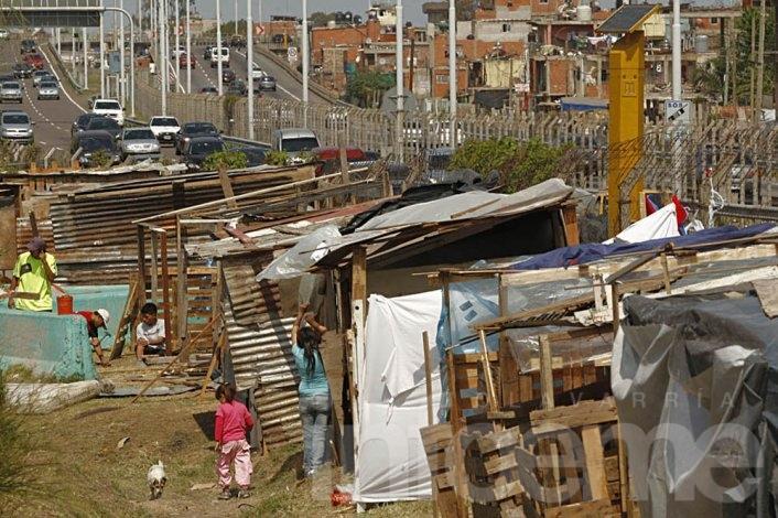 Hay más de 8 millones de pobres en Argentina