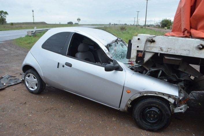 Automovilista herido en choque en uno de los ingresos a Loma Negra