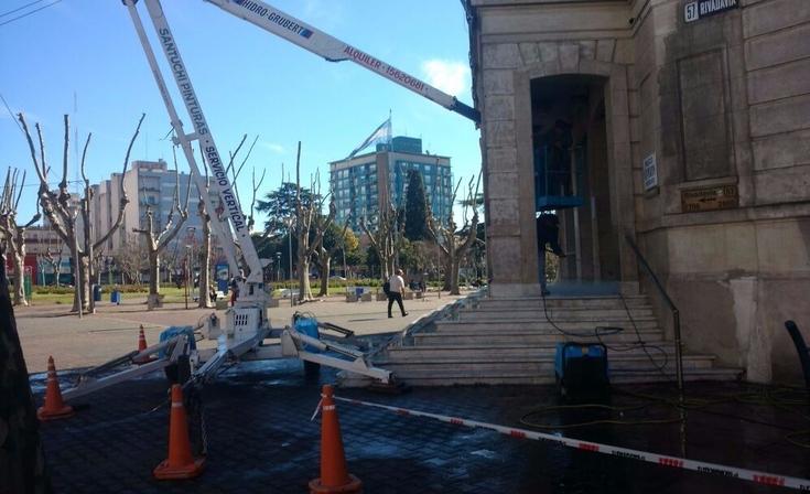 El Sindicato de Municipales comenzó la limpieza del Palacio Municipal