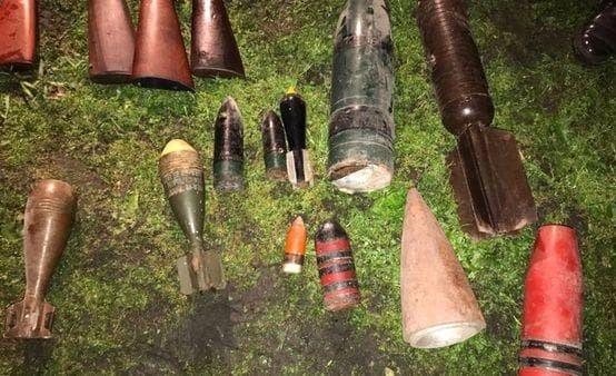 Impactante: encuentran en una casa de Azul un arsenal con proyectiles antiaéreos