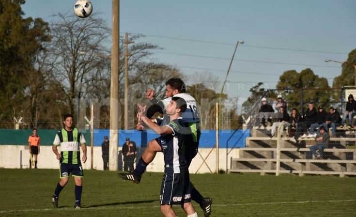 Fin de la racha: Embajadores fue goleado por Deportivo Villalonga