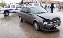 Herido tras un fuerte choque entre dos automóviles
