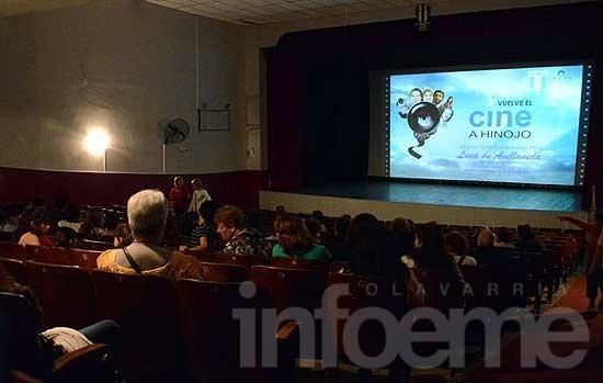 Tras 15 años sin funcionar, reabrió sus puertas el Cine de Hinojo
