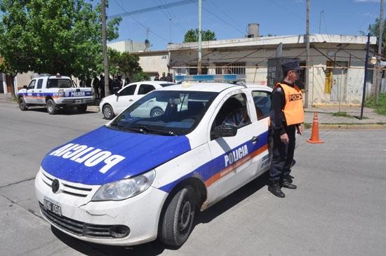 Tensión durante allanamiento en barrio Hipólito Yrigoyen