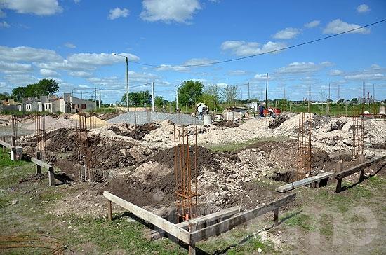 Avanza la construcción del edificio para la Escuela Nº16