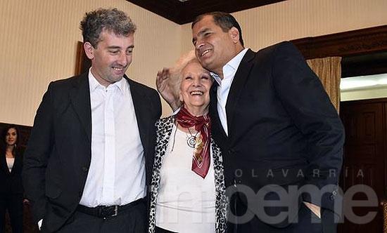Estela y Guido en Ecuador junto al presidente Correa