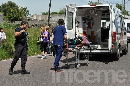 Un hombre herido en choque entre dos motos