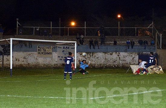 Copa Argentina: Racing goleó a Sarmiento y sigue avanzando