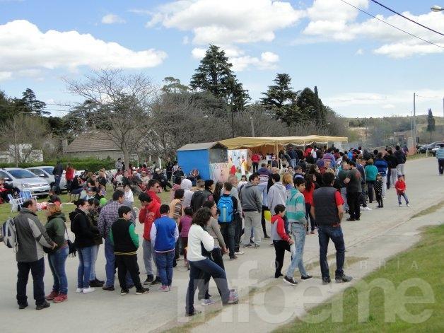 Una nueva Fiesta del Choripán se celebró en Sierras Bayas