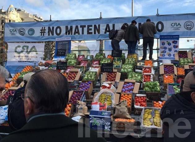 """Productores protestaron bajo la consigna """"No maten al campo"""""""