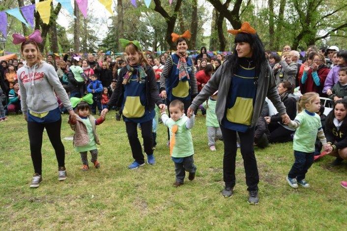 La familia de los Maternales festejó en el Parque