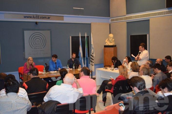 Sin el intendente Eseverri, se realizó el último debate de candidatos