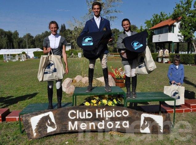 Stephanie Gasteneguy se trajo un tercer puesto de Mendoza