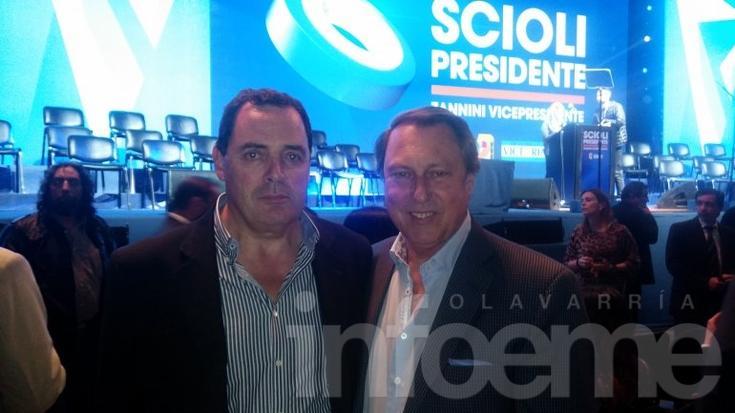 El senador Vitale en el acto de cierre de campaña de Scioli