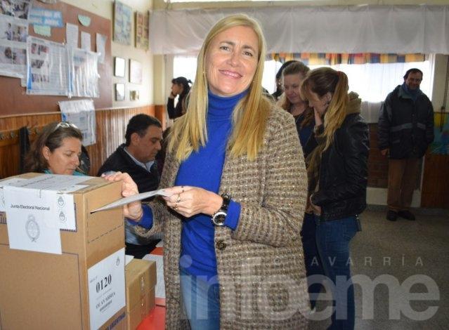 """Votó Schwindt: """"Es una experiencia inolvidable para mi, estoy muy contenta"""""""