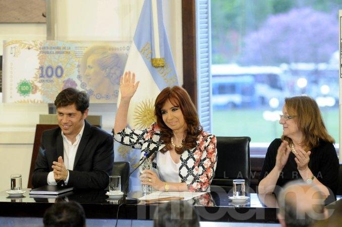 """Cristina cuestionó a Macri: """"Que nadie se disfrace de lo que no es"""""""