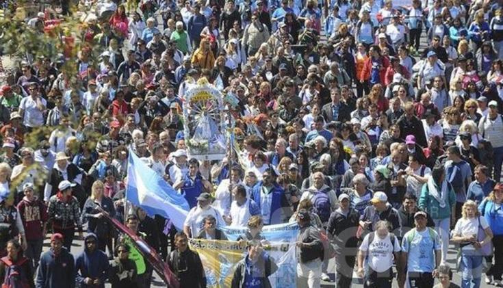 Con presencia olavarriense comenzó la peregrinación a Luján