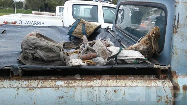Catorce galgueros demorados por caza furtiva