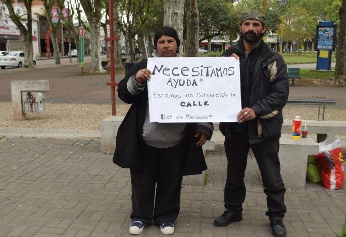 Viven en el Paseo Jesús Mendía y piden ayuda a la comunidad