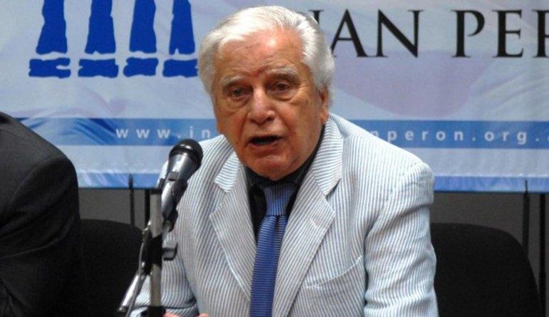 "Buscan nombrar ""Gobernador Antonio Cafiero"" a un Caps"