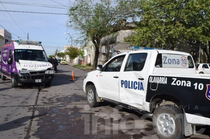 De no creer: chocan una ambulancia y un móvil policial