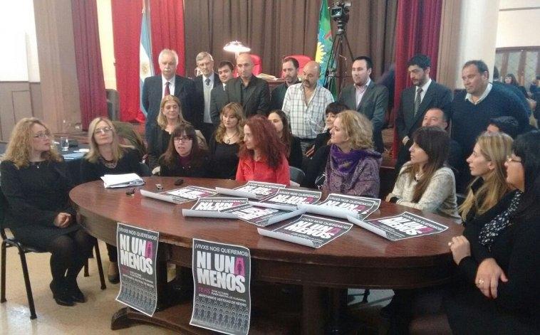 Agrupaciones convocaron al paro nacional de mujeres en Olavarría