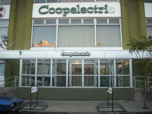 Coopelectric rescindió contrato con P.O.L.S.A. S.A.