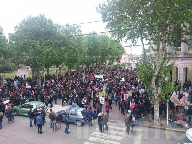 #NiUnaMenos: Olavarría se moviliza en el centro