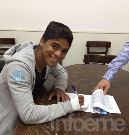 Un pibe de Olavarría firmó con Racing de Avellaneda