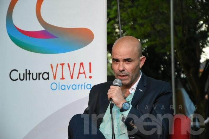 """Con la presentación del escritor Sacheri continúa """"Cultura Viva"""""""