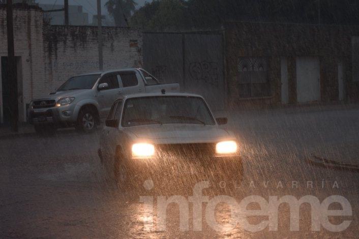 Alerta por lluvias intensas y fuertes vientos
