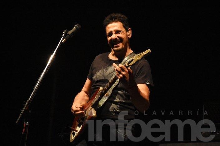 """La """"Aplanadora del rock"""" arrasó en Olavarría"""