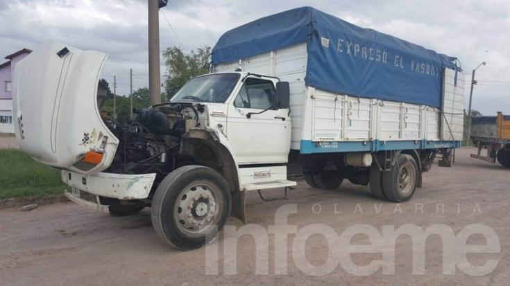 """Hallan camión robado en Bahía Blanca con la mercadería """"intacta"""""""