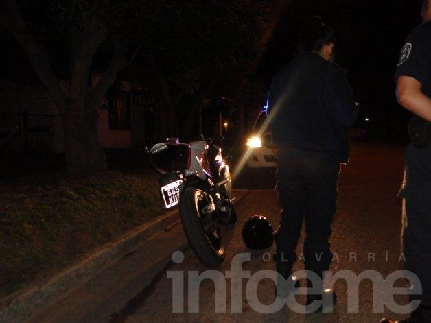 Motociclista accidentado tras esquivar un perro