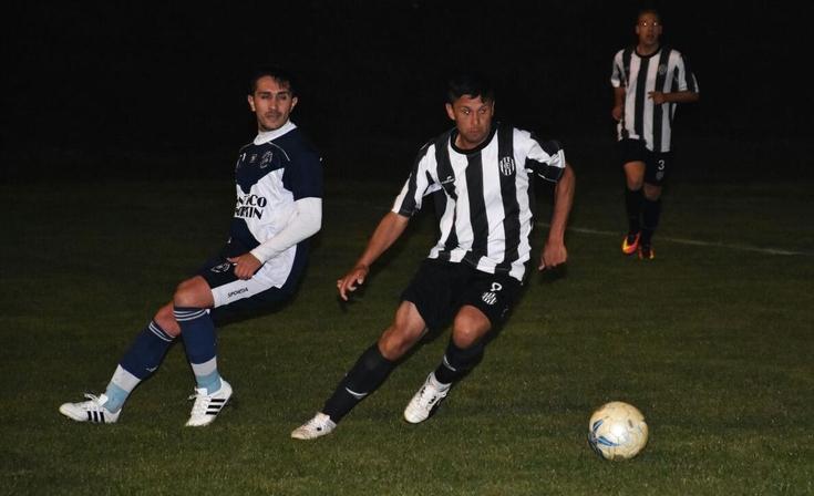 Estudiantes le ganó a El Fortín y es puntero del Clausura