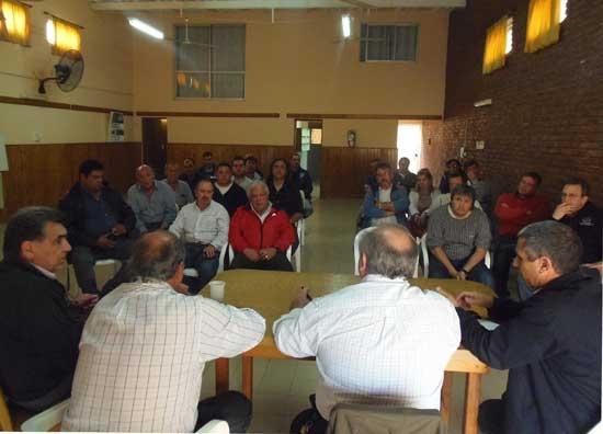 Sindicatos solicitarán reunirse con el ministro Oscar Cuartango