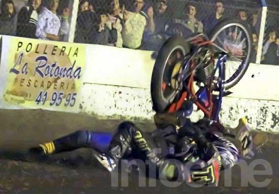 Las motos dieron un verdadero espectáculo nocturno