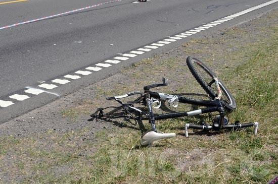 Un ciclista fue arrollado en la ruta 226: está grave