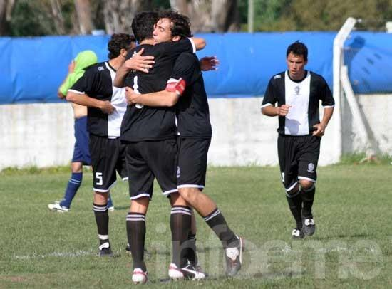 Estudiantes le ganó a Embajadores; El Fortín aprovechó y se quedó con la fase regular